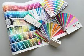 RGB, CMYK, DIC, PANTONE, TOYO…色は何で作る?