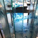 ウィンドウ装飾で透明感あるビジュアル演出!改めて思うゲルポリの魅力
